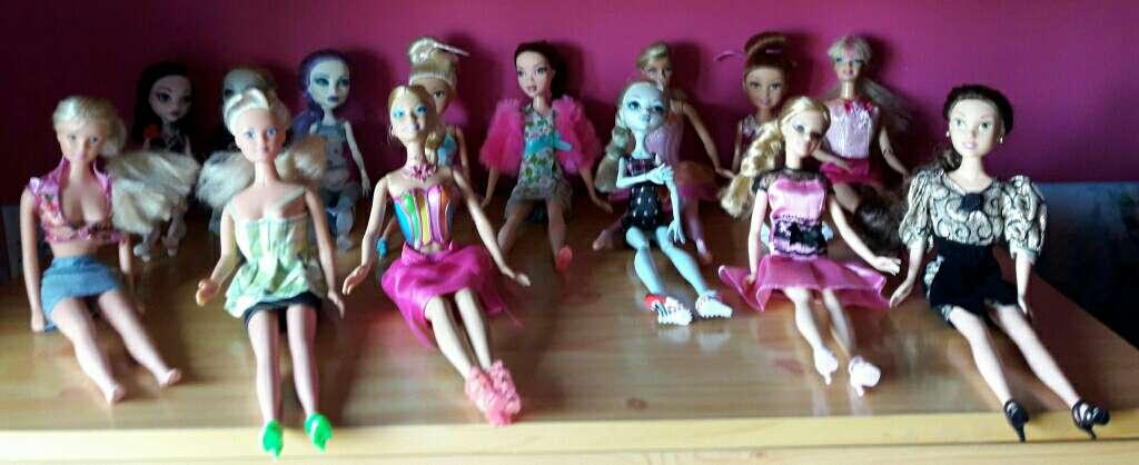 Imagen BARBIS muñecas perfectas