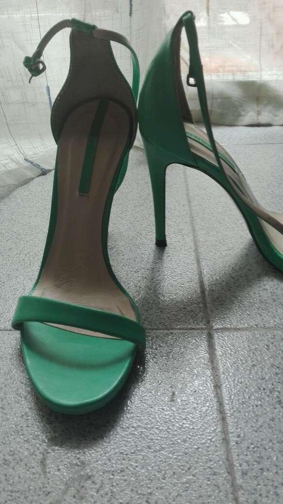 Imagen producto Tacones verdes 2