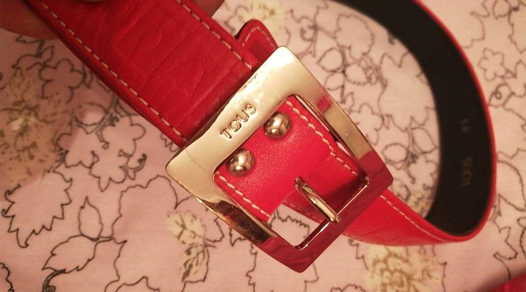 Imagen producto Dos cinturones originales Tous,negra y roja 4