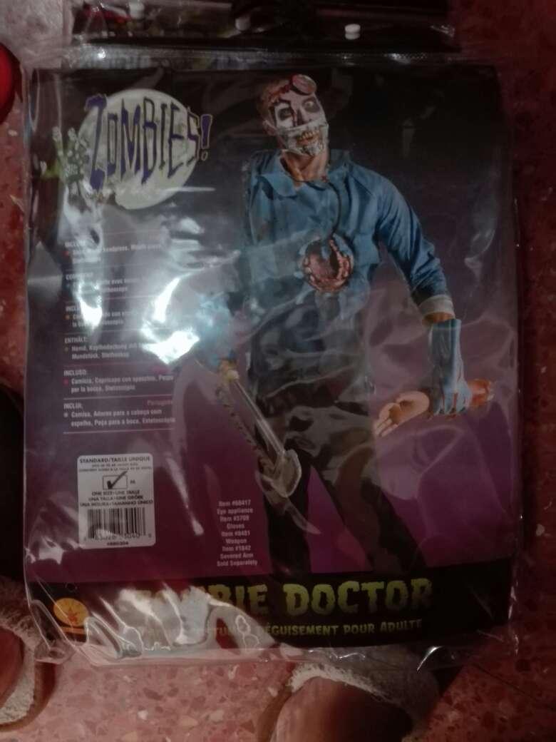 Imagen disfraz doctor zombi