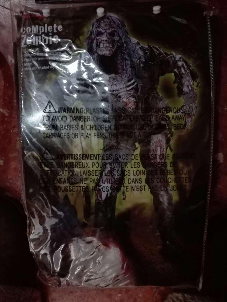 Imagen disfrazde zombi