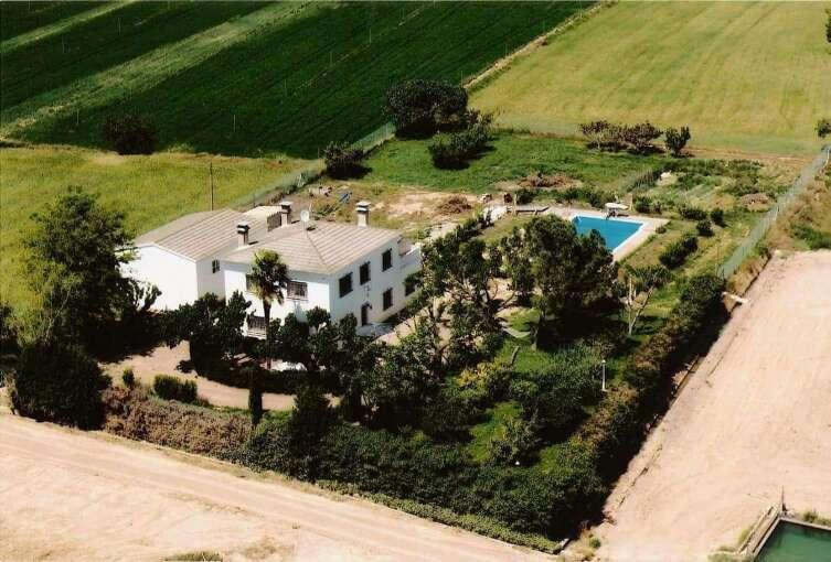 Imagen casa y terreno venta. en Albelda Huesca a 35km de LERIDA