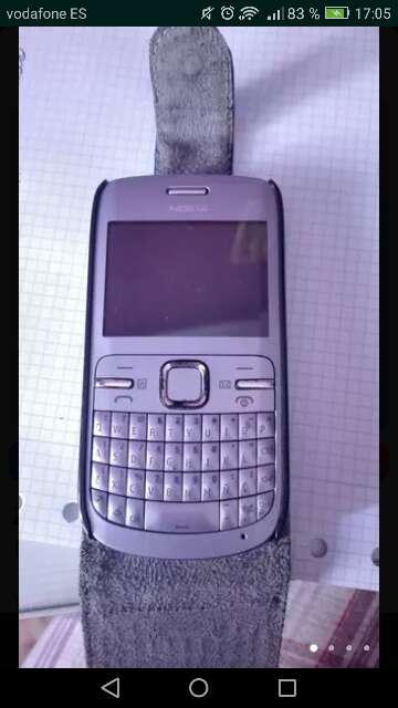 Imagen producto Nokia c3 morado 3