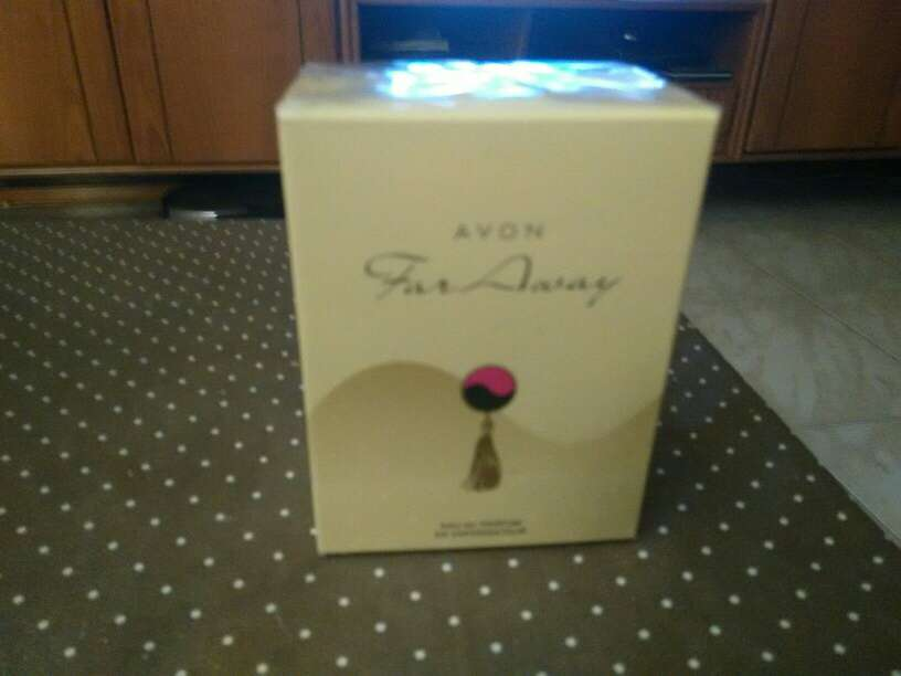 Imagen Faraway Perfumes Avon