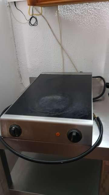 Imagen producto  cocina electrico plancha 2