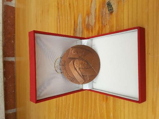 Imagen Medallón  Filatélico de  bronce