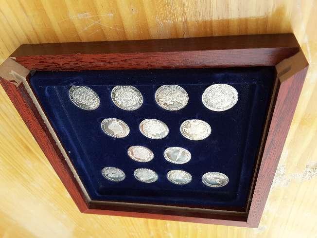 Imagen Colección de monedas de plata