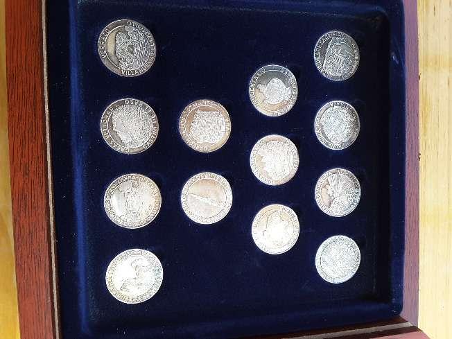 Imagen producto Colección de monedas de plata 3