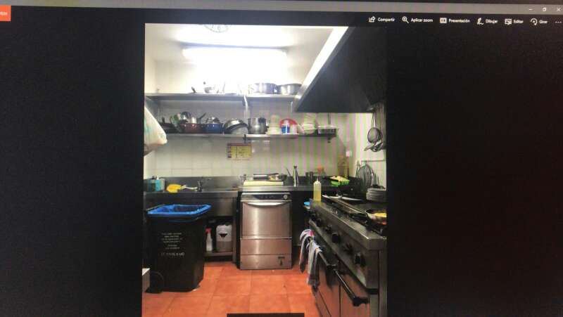 Imagen producto Traspaso de restaurante con salida de humos  2