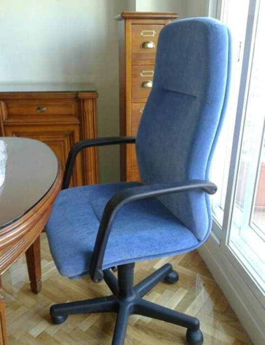 Imagen producto Silla de oficina nueva 3