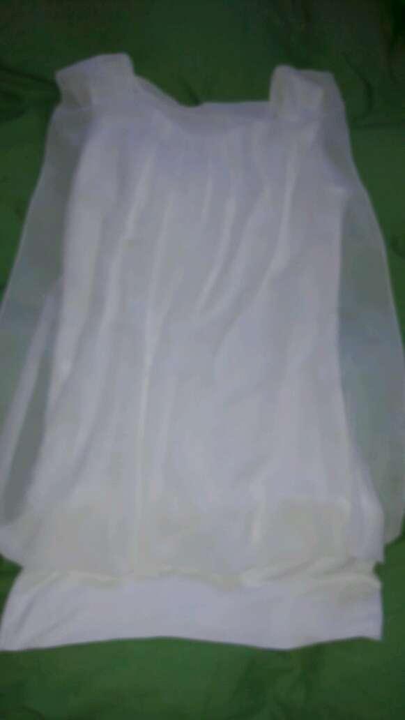Imagen bluza blanca