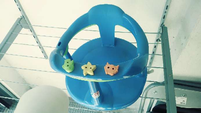 Imagen soporte de bebé para baño