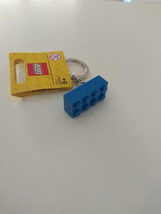 Imagen producto Llavero lego pieza azul  2