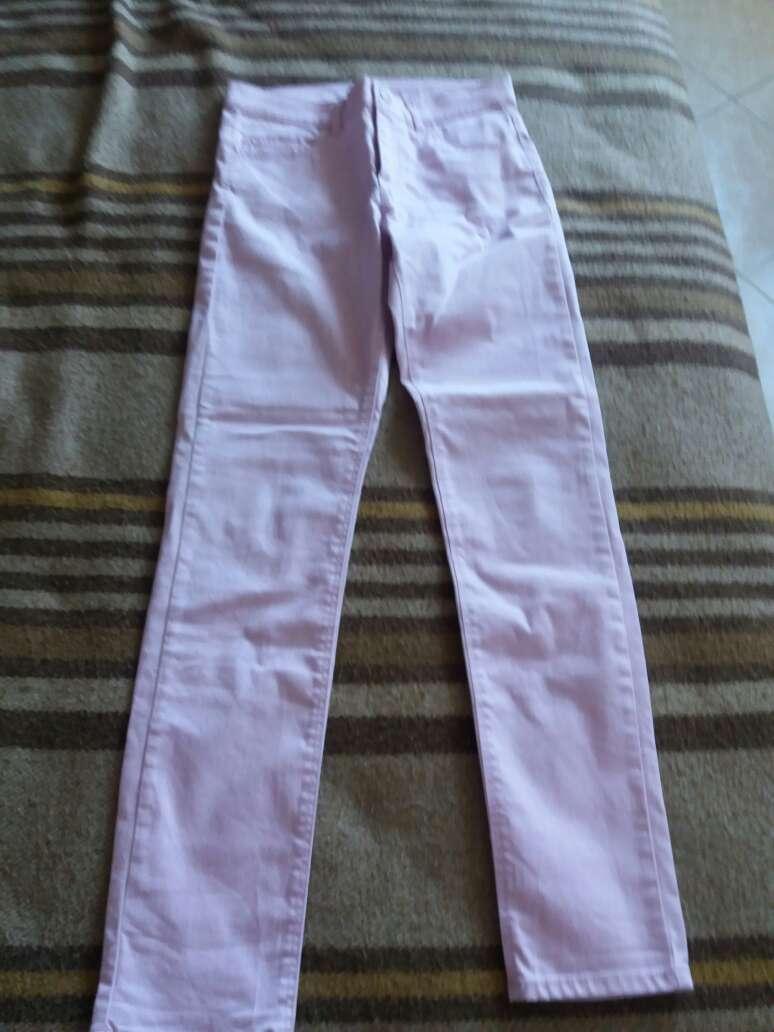 Imagen pantalón rosa