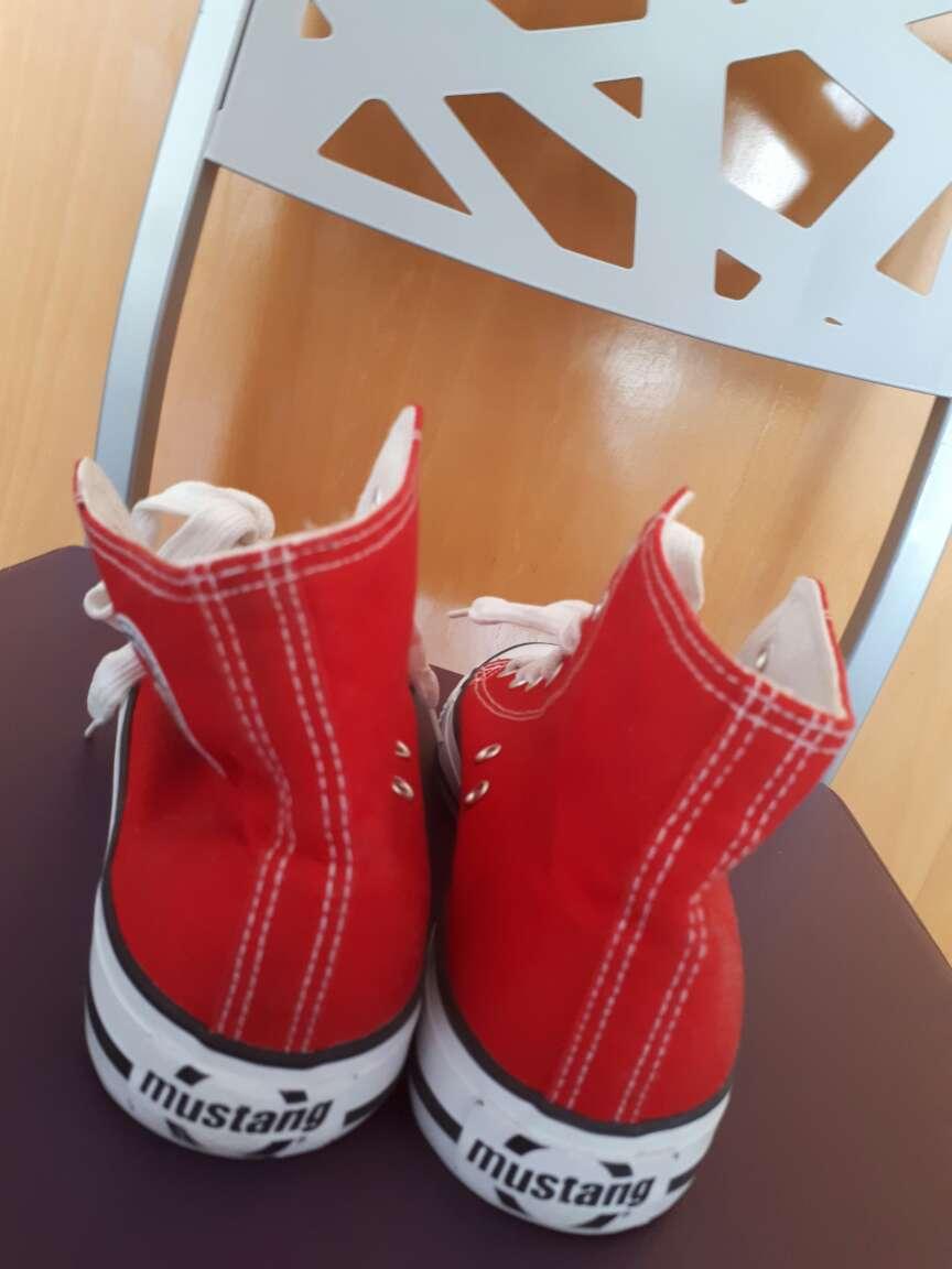 Imagen producto Zapatillas Mustang 3