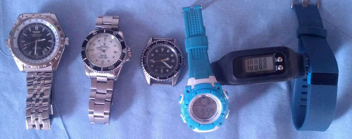 Imagen relojes el último azul está vendido