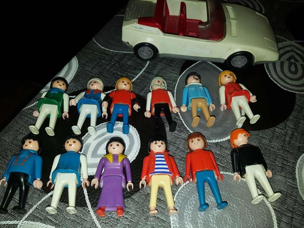 Imagen producto Familia de playmobil  antiguos 2