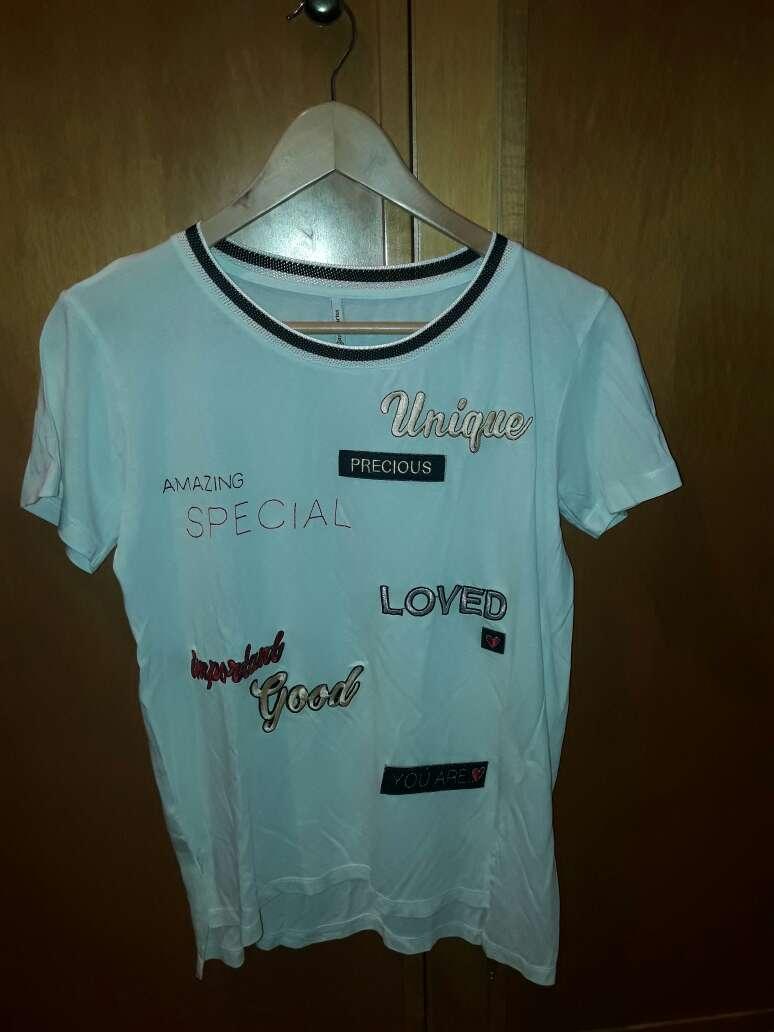 Imagen producto Camiseta parches 1
