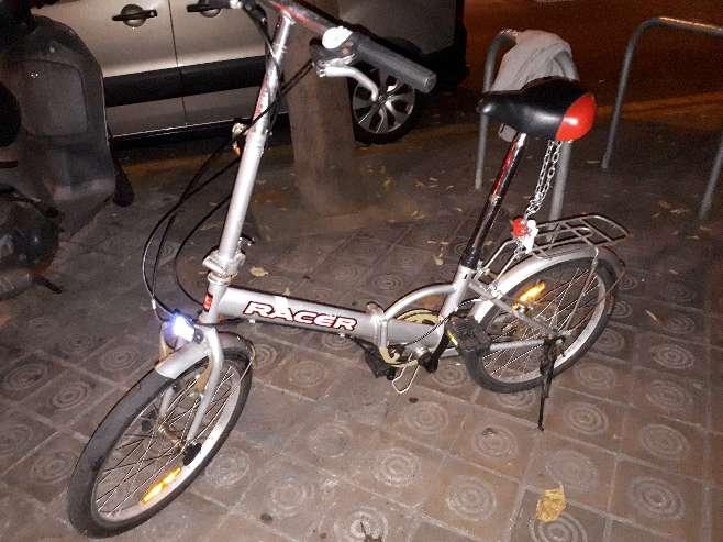 Imagen bicicleta plegable muy bien conservada