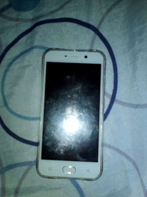 Imagen producto Telefono nuevo con su caja con auriculles  4