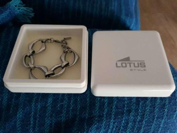 Imagen producto Pulsera mujer lotus 2