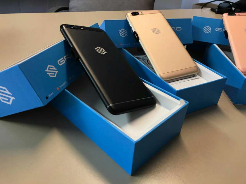 Imagen producto Movil smartphone gama alta 3