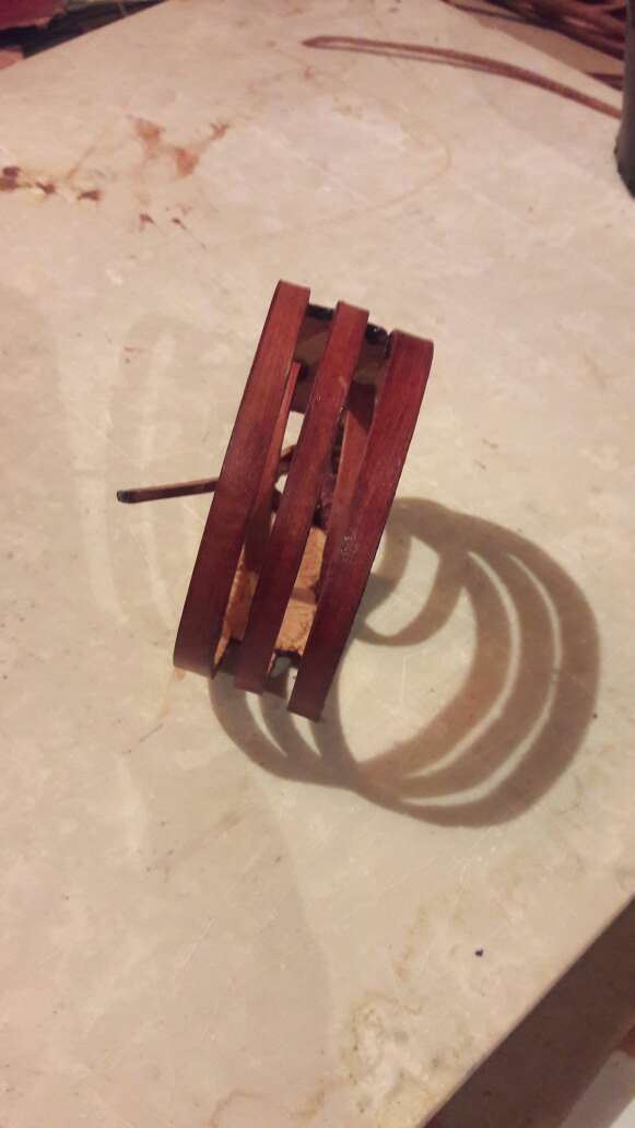 Imagen producto Pulseras de cuero artesanales  2