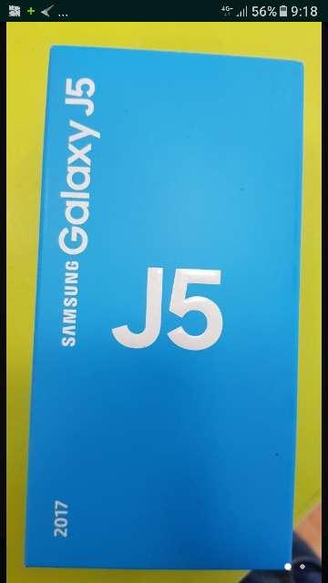 Imagen producto Samsung galaxy dúo j5 2017 con funda silicona nuevo en su caja 6