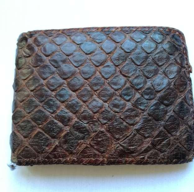 Imagen producto Billetera de piel de serpiente 2