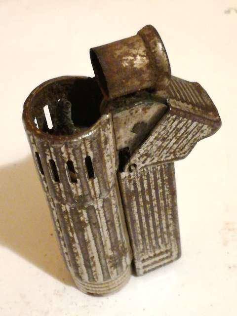 Imagen producto Mechero de martillo antiguo 2