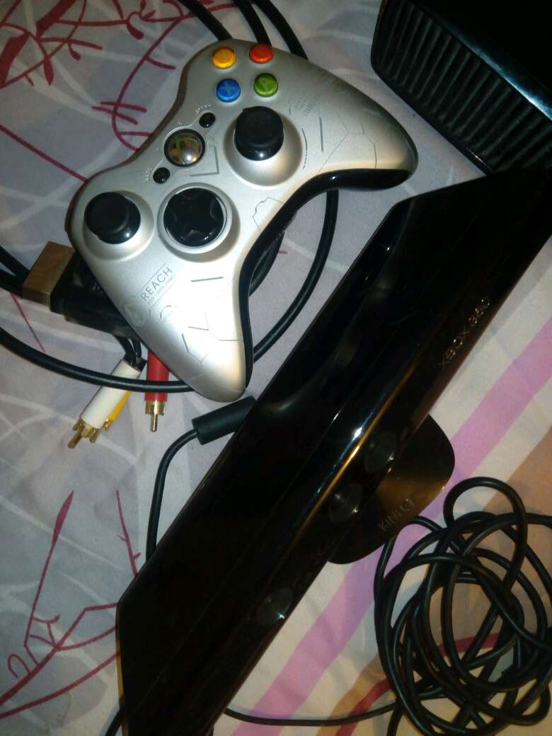 Imagen producto Xbox360+kinnect+juegos 2