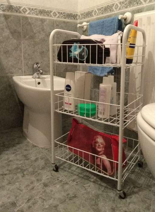 Imagen producto Carrito y esquinera de baño 2