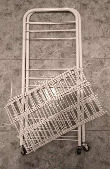 Imagen producto Carrito y esquinera de baño 4