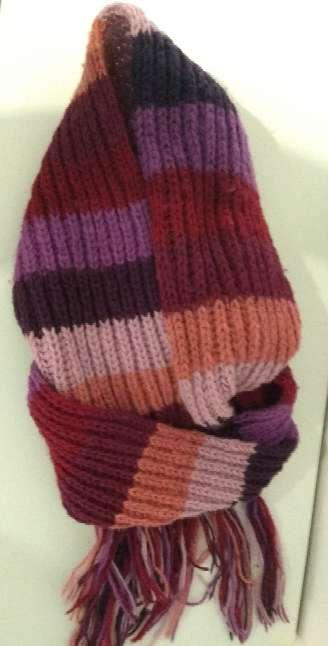 Imagen producto Bufanda y guantes 2