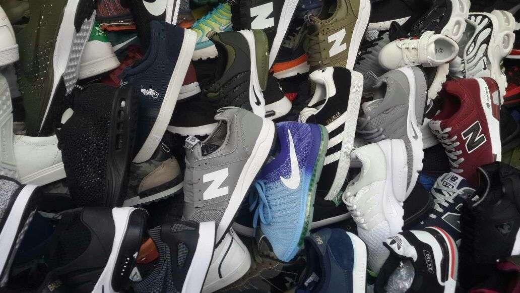 Imagen producto Zapatillas deportivas. 7