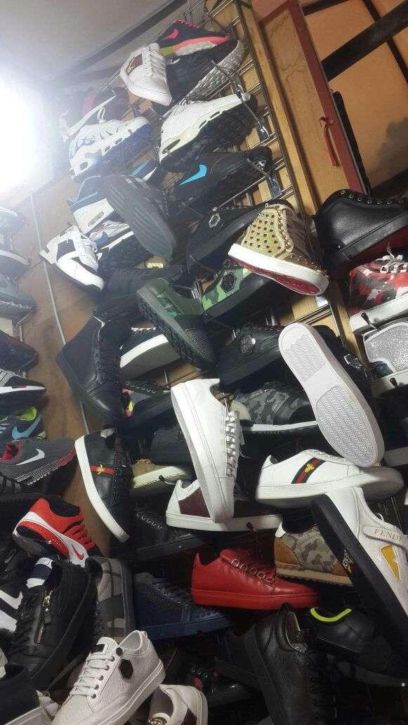 Imagen producto Zapatillas deportivas. 10
