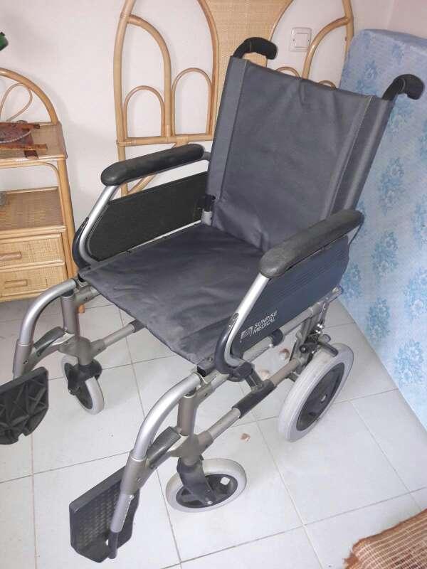 Imagen Silla ruedas y arnes sujeción