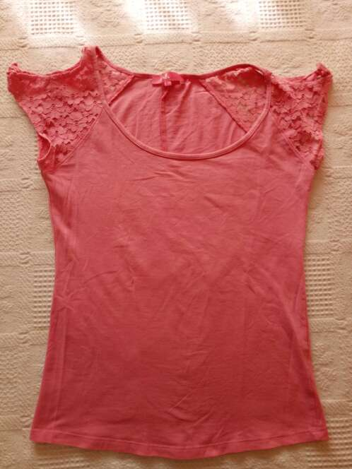 Imagen producto Camiseta rosa bershka 2