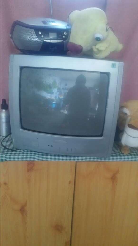Imagen tele de culo en buen estado no tiene mando lo vendo no tiene mando