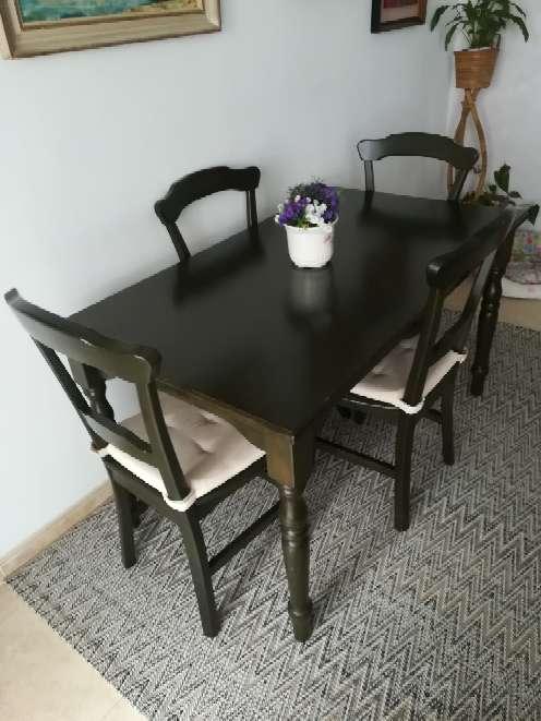 Imagen Vendo mesa con 4 sillas
