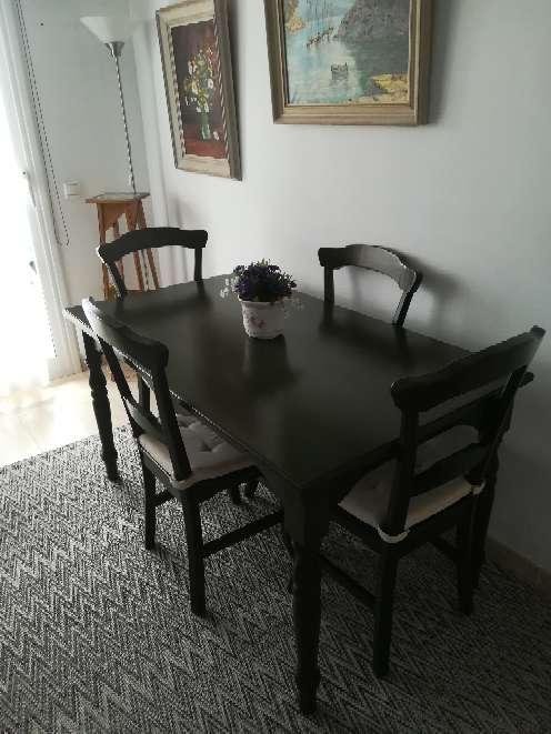 Imagen producto Vendo mesa con 4 sillas 2