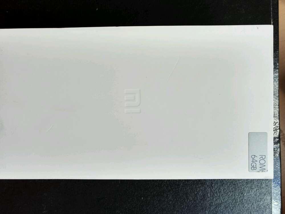 Imagen cambio Xiaomi 5c por iPhone 6