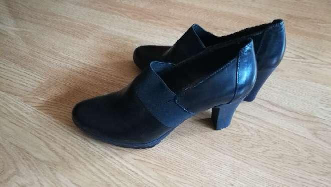 Imagen Zapatos piel nuevos