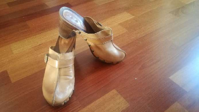 Imagen producto Zuecos, zapato mujer piel 2