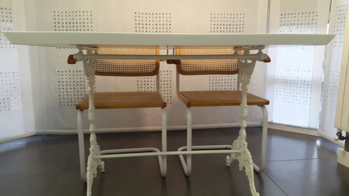 Imagen mesa y sillas de cocina