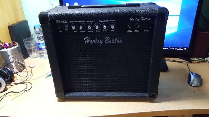 Imagen producto Amplificador Guitarra 2
