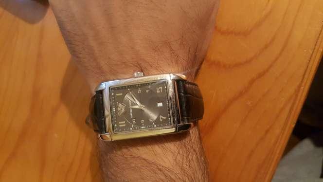 Imagen reloj Armani correa de piel Original