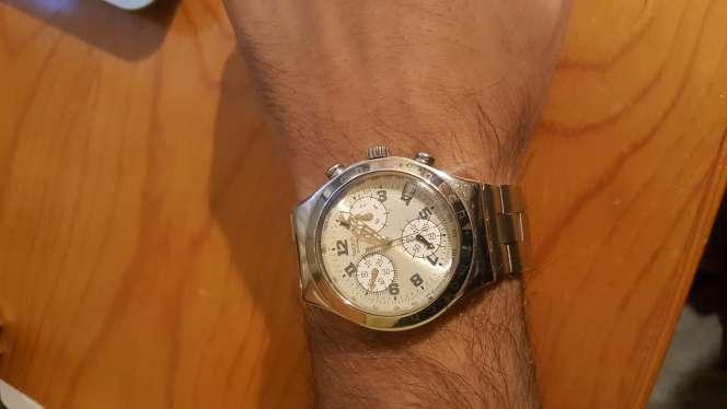 Imagen reloj swatch correa metálica