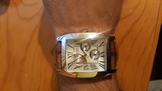 Imagen reloj Guess correa Marrón de piel