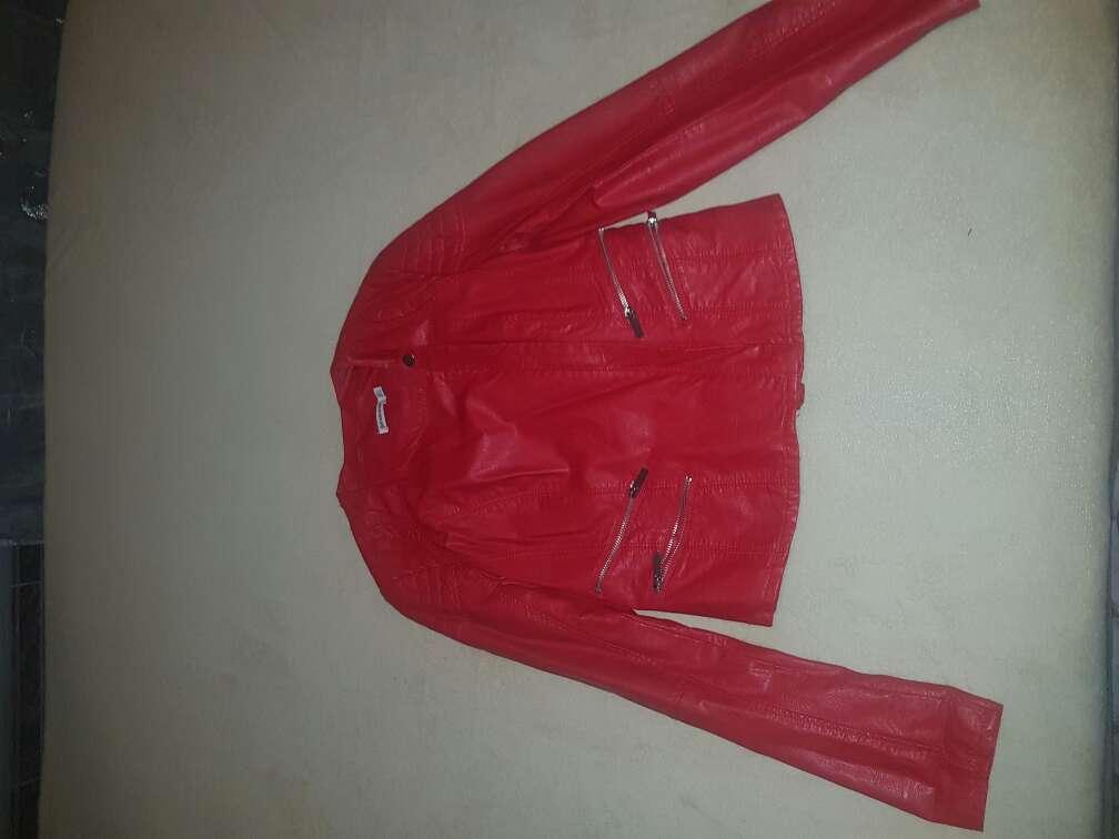 Imagen chaqueta stradivarius